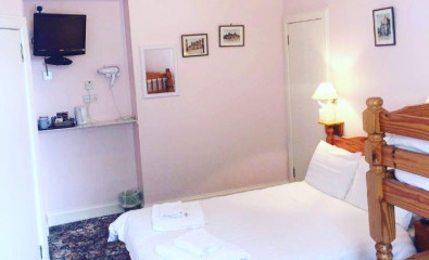 Family Double En-suite Room (inc. Breakfast)