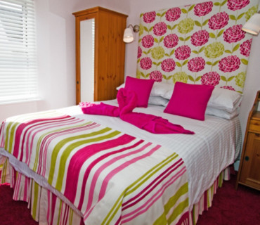 Rose Double -Room Only-En-suite