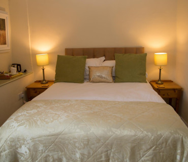 Valley View - Double En-suite Room (inc. Continental Breakfast)