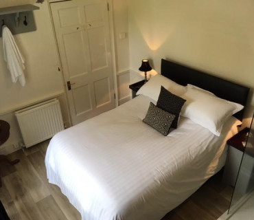 Sharpitor- Single Occupancy Room With En-suite (inc Breakfast)