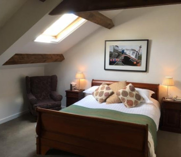 Toptor -En-suite Room (inc Breakfast)