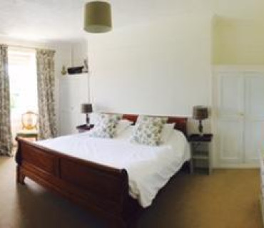Haytor - Super King Double En-suite Room (inc. Breakfast)