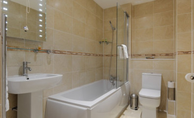 1 Bed Apartment Caledonian Suite D