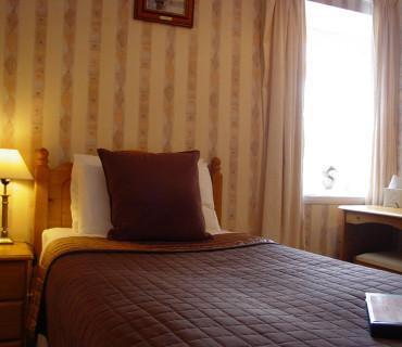 Room 1:Single Room with En-suite. Breakfast inc.