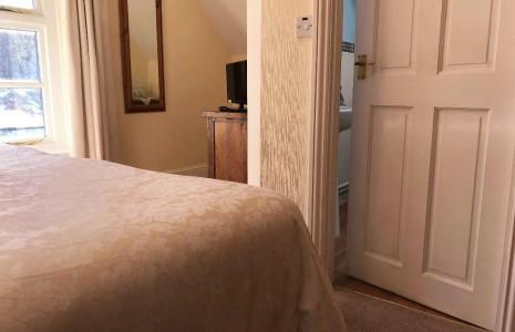 Valley View 2nd Floor Kingsize Double En-suite Room (inc. Breakfast)