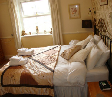 King Size En-suite Room (inc. Breakfast)
