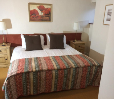 8.Twin En-suite Room (inc. Breakfast)