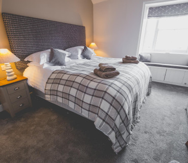Super Kingsize En Suite With Additional Pull Out Bed Inc. Breakfast