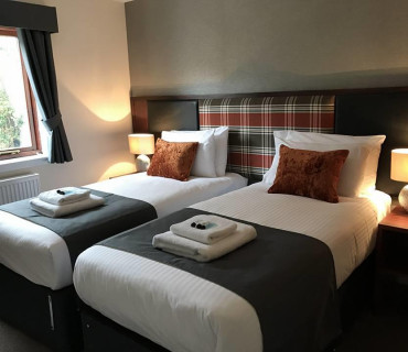 Standard Twin En-suite Room (inc. Breakfast)