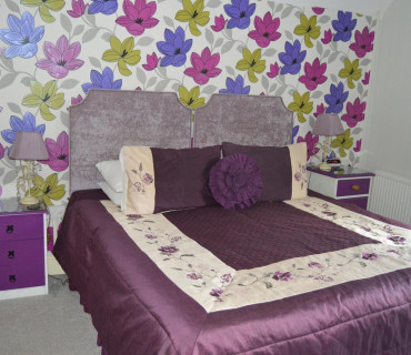 Handcuff Room - Superior double / twin (super king) en-suite room (inc. Breakfast)