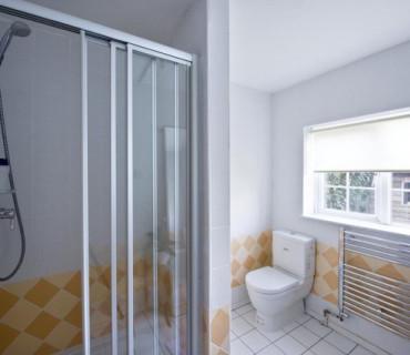 Twin En-suite Room