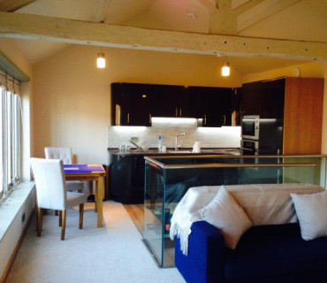 Luxury Deluxe first floor apartment 1 X Double Bedroom Ensuite 2 Adults