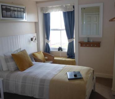 Standard Single with en-suite shower, Room 5