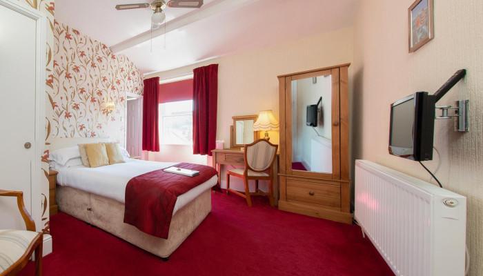 Room 7 - Double En-suite (inc Breakfast)