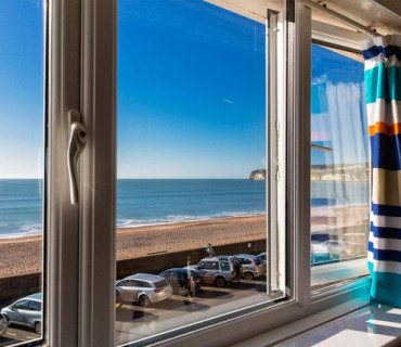 Room 4 Sea View Premier En-Suite King Bedded / TwinRoom 2nd Floor (inc. breakfast)