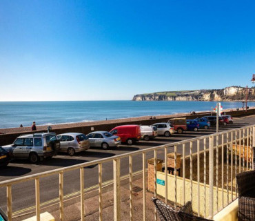 Sea eScape Self Catering Sea View Balcony Apartment