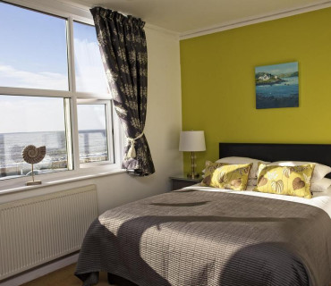 Room 1 Sea View Premier En-suite King Bedded Room 1st Floor (inc. breakfast)