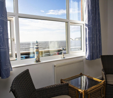 Room 2 Sea View Premier En-Suite King Sized Double / Twin Room1st Floor(inc. breakfast)