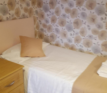 2nd Floor Deluxe Twin Room En Suite