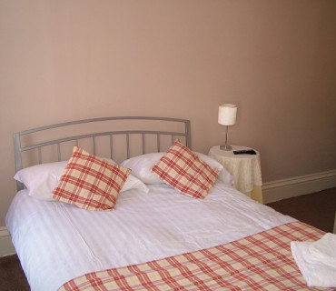 1st Floor Double Room (pod Bathroom) (Inc Breakfast)