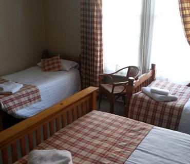 1st Floor Family Room En-suite (Inc Breakfast)