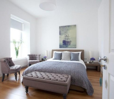 Portandoo - Sea View, King Room, Private Bathroom with Shower (inc Breakfast)