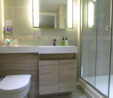 King Double En-suite for one adult