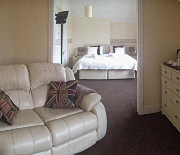 Snowdon Suite ( En suite) ROOM ONLY