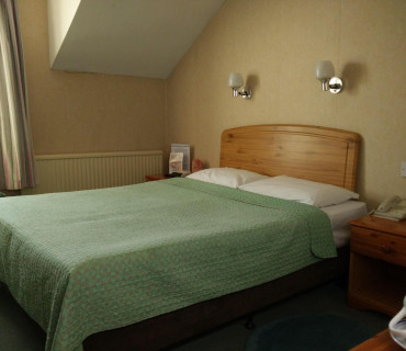 Double room (single occupancy) en-suite bathroom (Room Only)