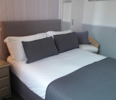 Double En-suite Room (inc. Breakfast) Non-Refundable