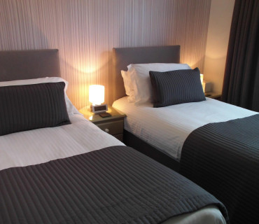 Twin En-suite Room (inc. Breakfast) Non-Refundable