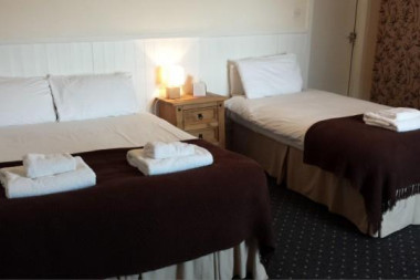 *Special Event Date* (Non Refundable) Family Superior Room With En-suite Bathroom
