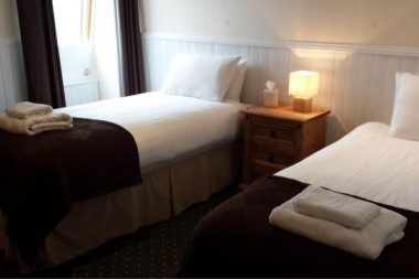 *Special Event Date* (Non Refundable)Twin Superior Room With En-suite Bathroom