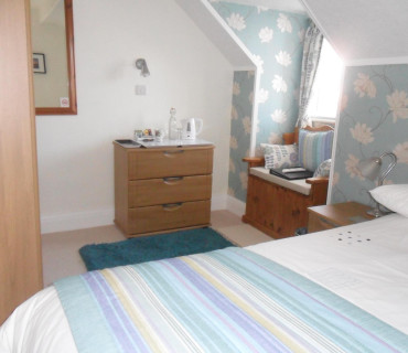 3.Standard Double Room 2nd Floor (Bath Only) (inc Breakfast)