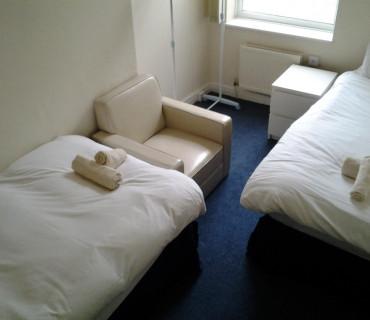 Room 3 - Twin Room Shared Bathroom