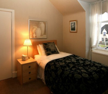 Room 4 - Single Ensuite Room (inc breakfast)