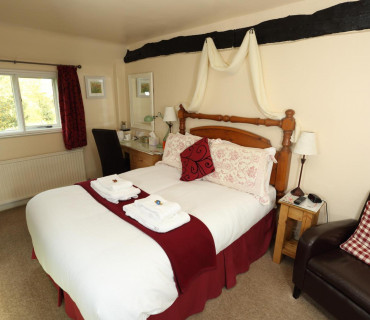 Double En-suite Room 3 (inc. breakfast)