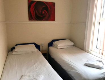 Room With 2 Single Beds No Breakfast