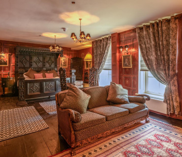 The Red Room(double en-suite)