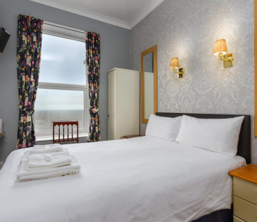 Small Double Room with sea views (inc. Breakfast)