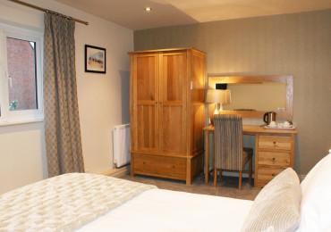 Sommerford - King Size En-suite Room (inc Breakfast)