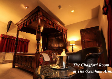 Chagford Superking Four Poster with Breakfast