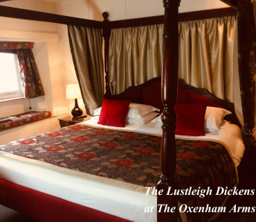 Lustleigh Superking Four Poster with Breakfast