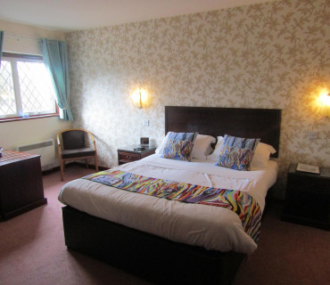 Rm11 Double Lodge (bath)