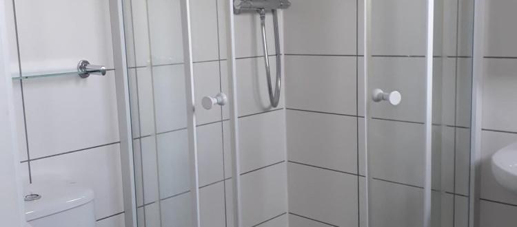 Shower.jpg_1530626705
