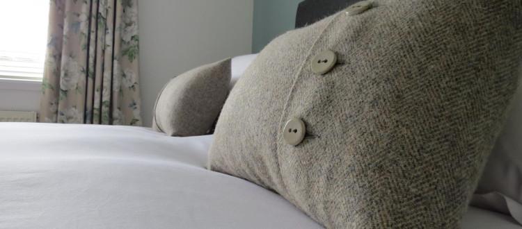 master-cushions.JPG_1530626703