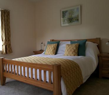 Y Fferws Double Occupancy King En-suite (bath/shower) Room inc. Breakfast