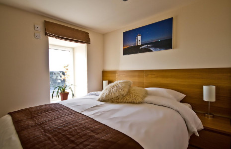 Room 1 - King Double En-suite Room with seaview(No Breakfast)