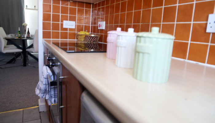 Purfleet - 2 Bed Apartment (Book for 4 adults)