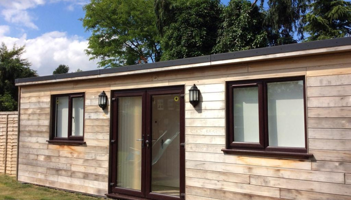 Chalet-Deluxe-Ensuite with Shower-Garden View
